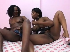 Detroit and Moya are a couple of perfidious lesbians playing with toys